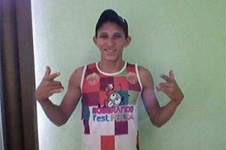 Otávio Jordão da Silva, 20 anos, foi espancado até à morte por jogadores e espetadores
