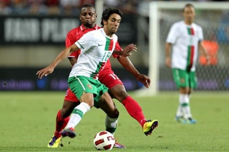 O defesa português regressa a Portugal para representar o SL Benfica