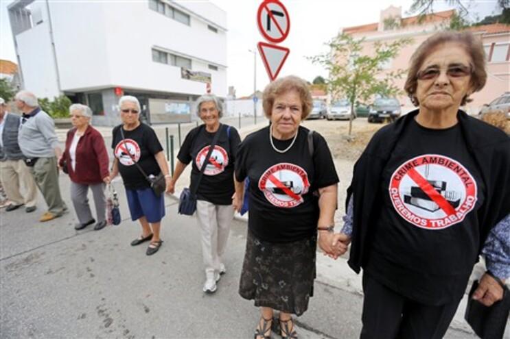 Mais de mil pessoas participaram no protesto, segundo a organização