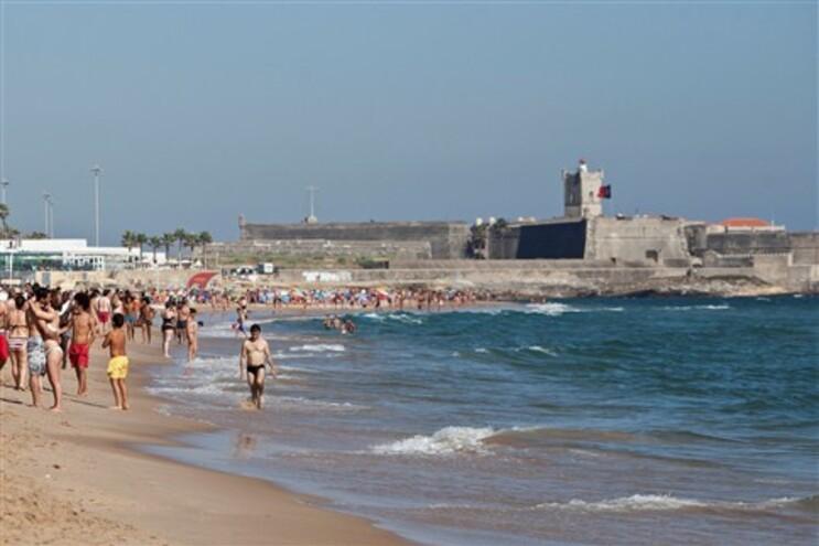 Agência do Ambiente desaconselha banhos em quatro praias da área de Lisboa