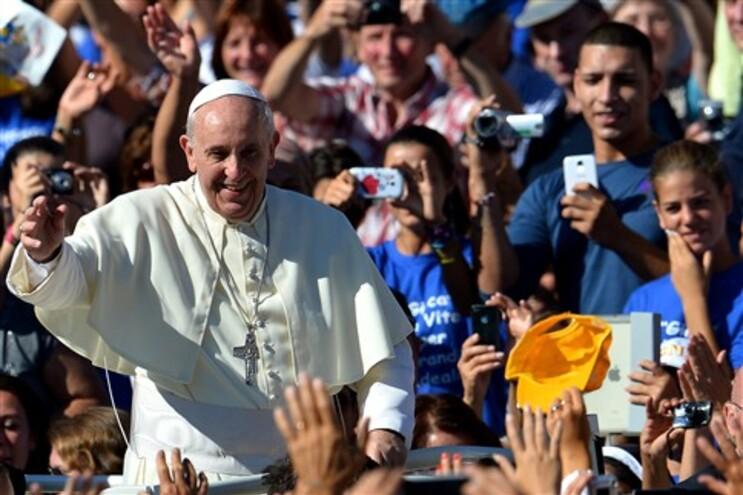 Papa Francisco prometeu conter os abusos na Igreja católica