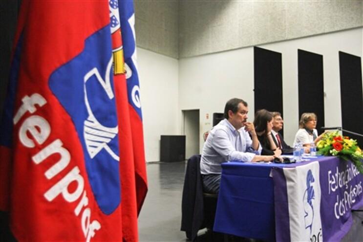Fenprof assinalou o Dia Mundial do Professor com uma sessão pública