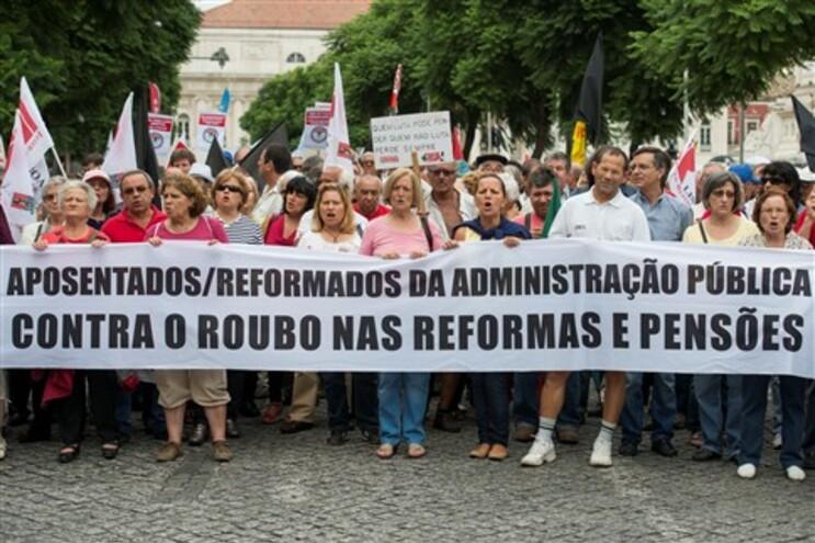 """Associação pensionistas critica corte de rendimento a grupo """"muito frágil"""""""