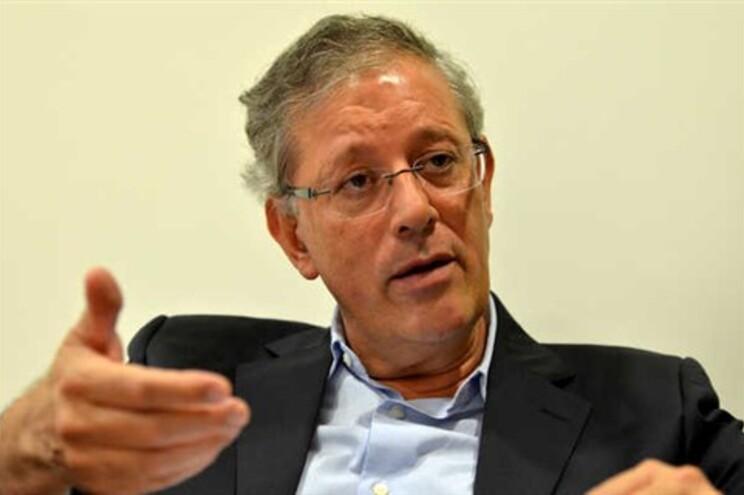 Presidente da Câmara de Viseu não facilita a vida à Oposição