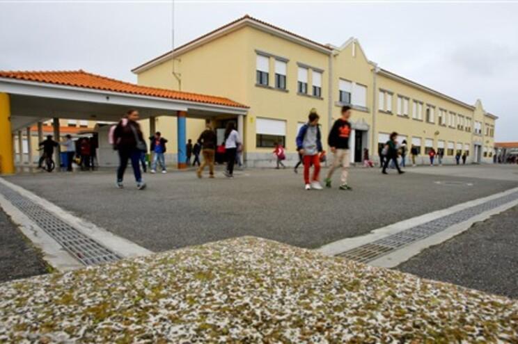 Quase metade das escolas tem média negativa no 6.º ano