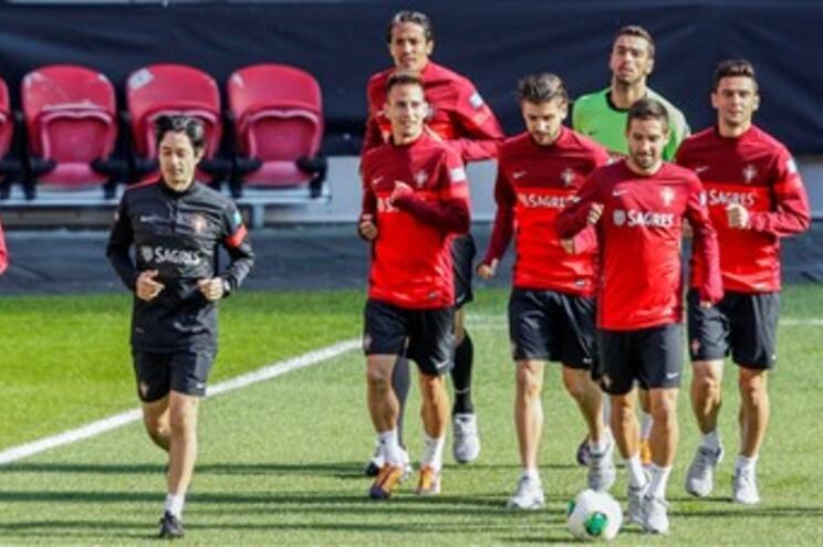 Jogadores treinaram no Estádio da Luz