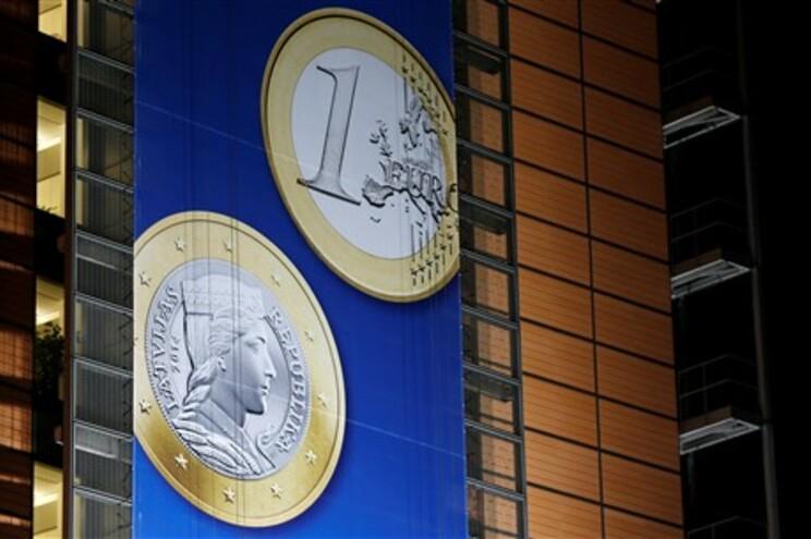 Líder do eurogrupo diz que esforços portugueses já estão a dar resultados