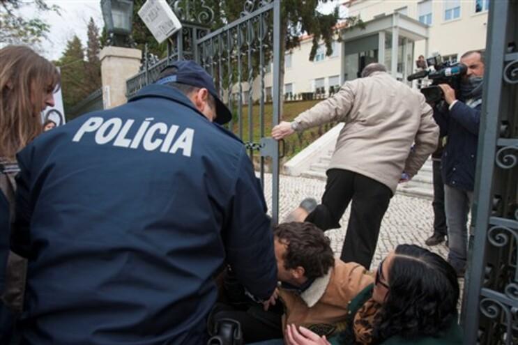 Fenprof denuncia 1500 irregularidades na prova de docentes