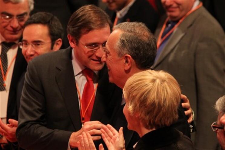 Marcelo apareceu de surpresa no congresso do PSD