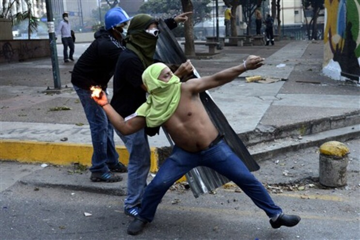 """Portugueses da Venezuela esperam que """"El Caracazo"""" não se repita"""