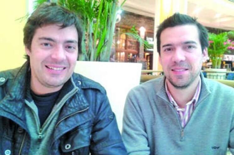 Irmãos Alberto e Tommaso, familiares de doente