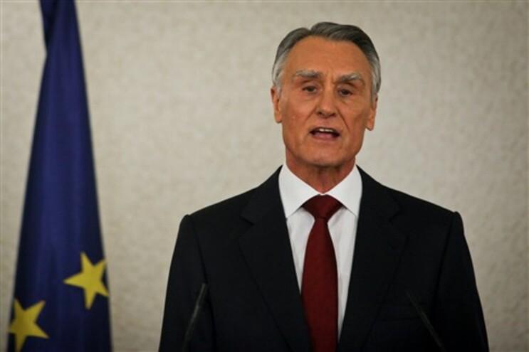 """Na mensagem de Ano Novo de 2013, o chefe de Estado defendeu que """"tentar negociar o perdão de parte da"""
