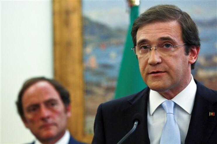 """Passos Coelho na declaração do Governo sobre a """"saída limpa"""" do programa de assistência"""