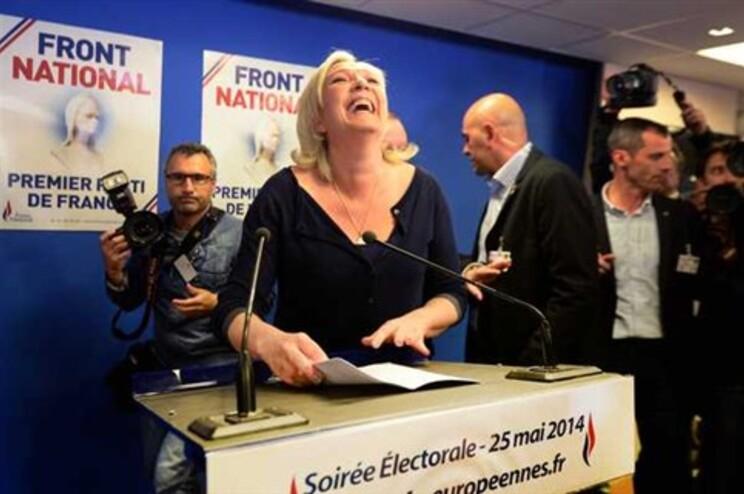 Marine Le Pen obteve 26% dos votos em França