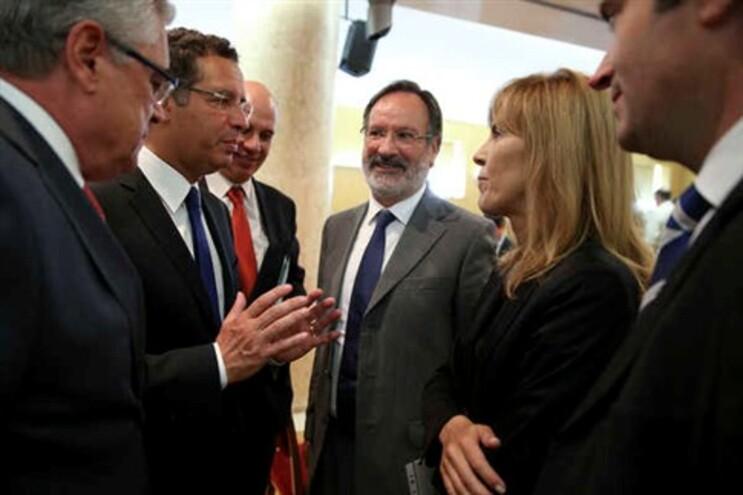 Bastonária participou num debate no parlamento sobre o Novo Mapa Judiciário