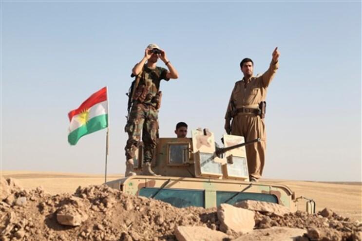 Forças curdas 'peshmergas'