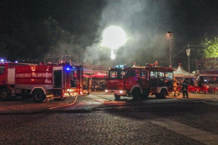 Incêndio estraga festa na Feira de São Mateus