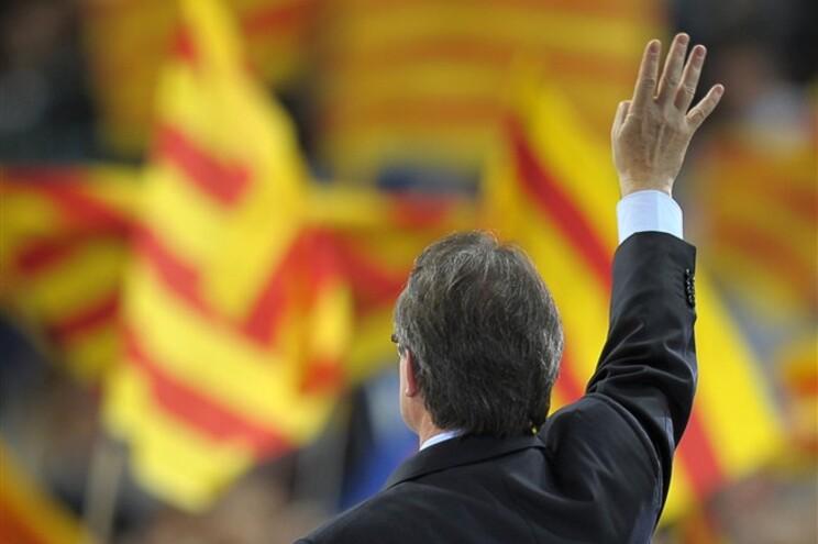 Artur Mas não vira as costas à ideia de referendo na Catalunha