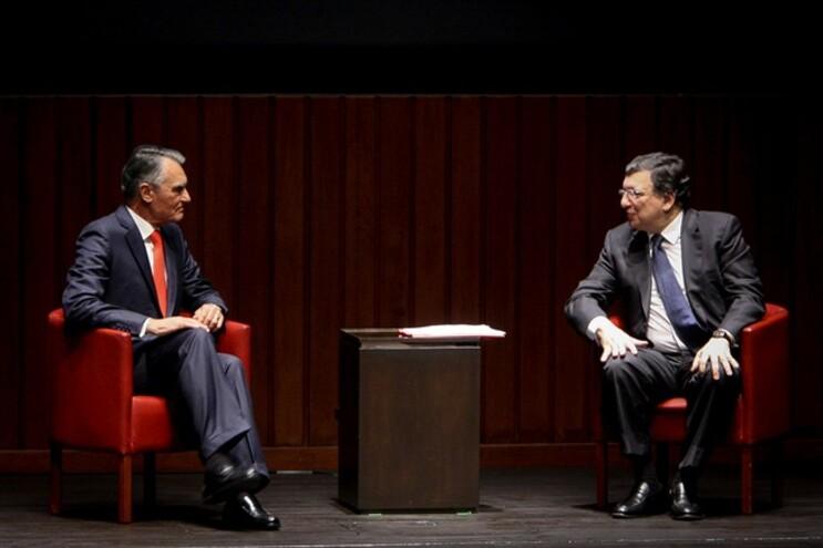Cavaco Silva vai condecorar Durão Barroso