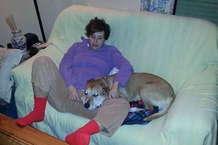 Teresa Romero com o cão Exkalibur