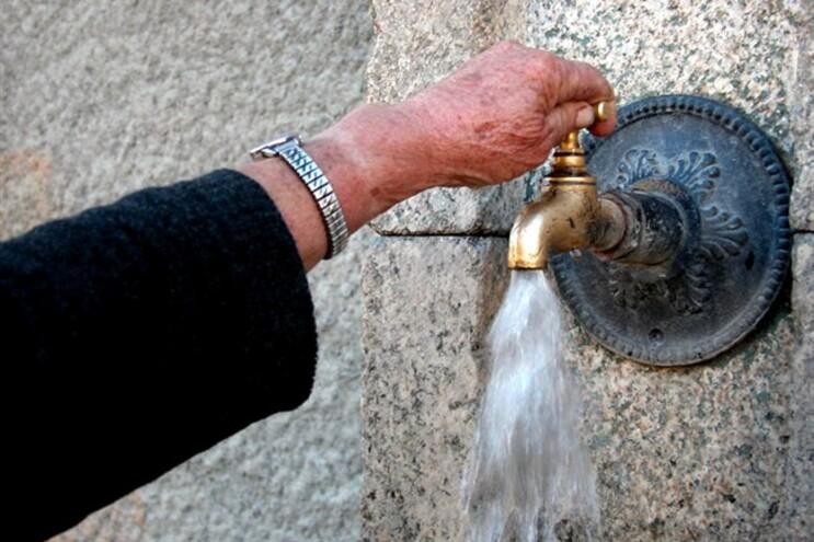 Santo Tirso, Trofa, Paços de Ferreira e Vila do Conde são os que mais cobram pela água