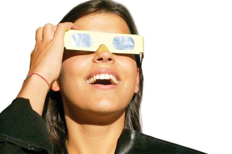 Observar o eclipse sem filtro solar adequado pode cegar