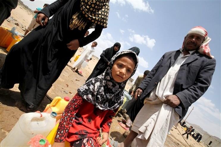 O Iémen importa 90% dos alimentos que consome