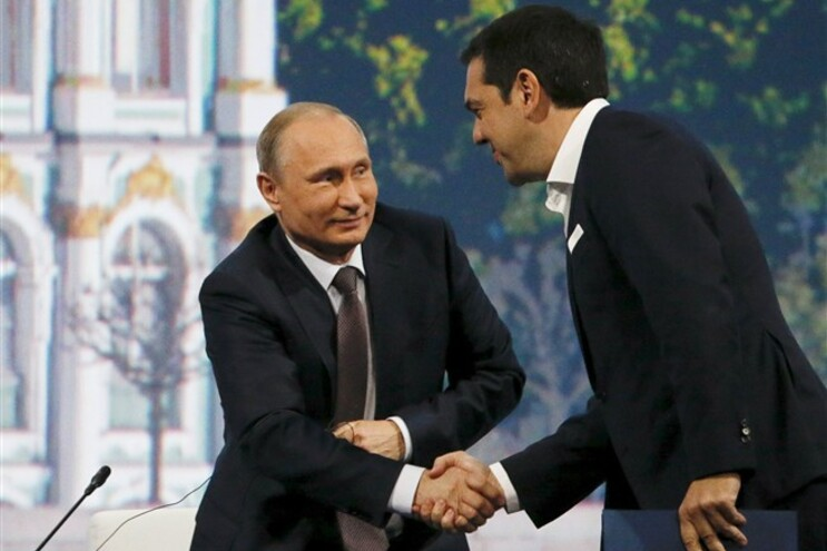 Tsipras foi recebido por Vladimir Putin durante uma hora e meia