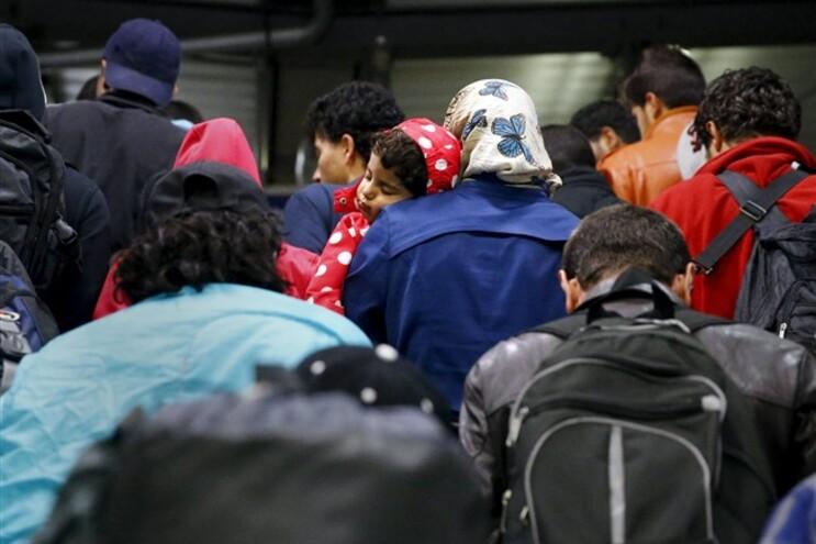 Cerca de quatro mil refugiados chegaram à Croácia nas últimas 24 horas
