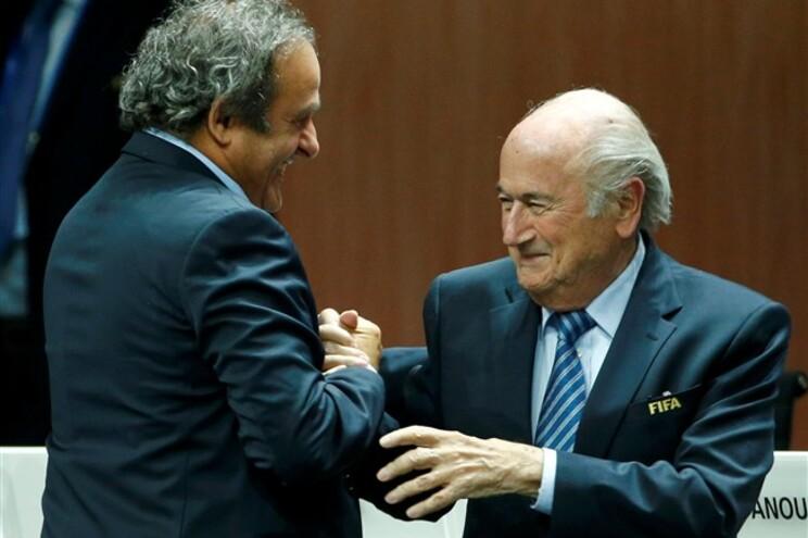 Ambos foram suspensos em consequência da sua implicação no escândalo de corrupção na FIFA