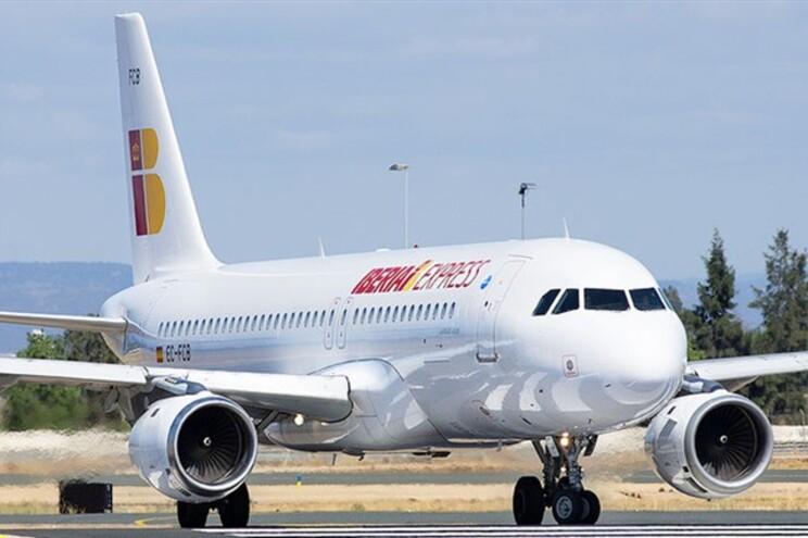 """Israel vai pedir à Ibéria punição de piloto que anunciou chegada à """"Palestina"""""""