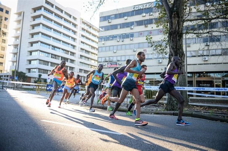 Maratona do Porto bate recorde nacional
