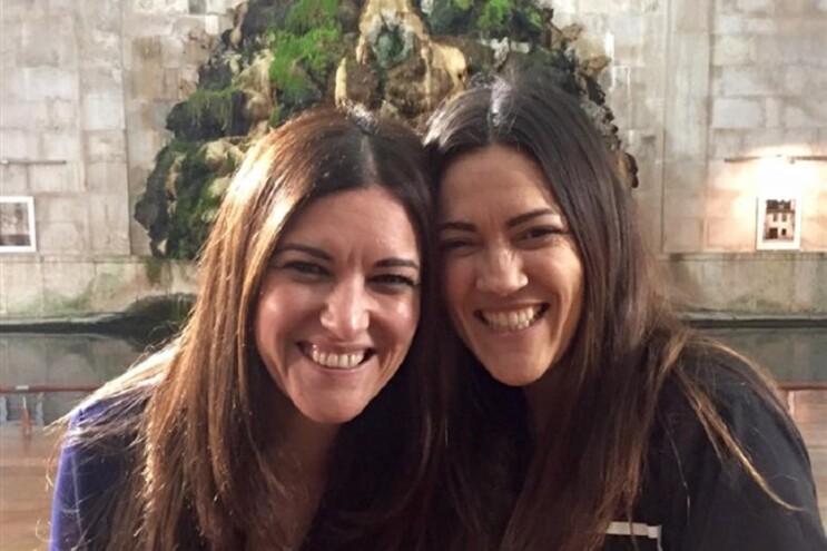Marisa Matias ao lado da sua sósia