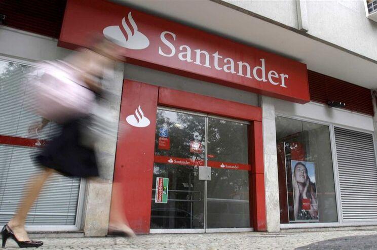"""Santander referiu o """"impacto positivo em toda a conta da incorporação da atividade do Banif"""""""