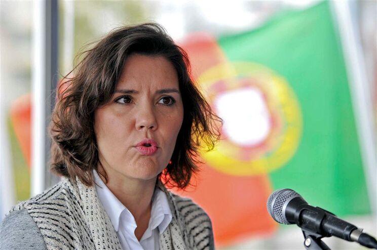 """Cristas aplaude PSD por ter """"clarificado"""" posição"""