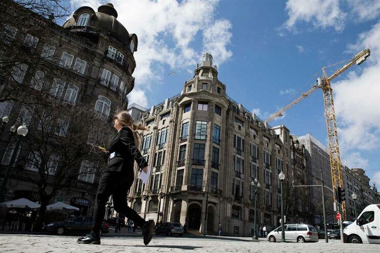 Estão em curso vários novos projetos imobiliários para a Avenida dos Aliados