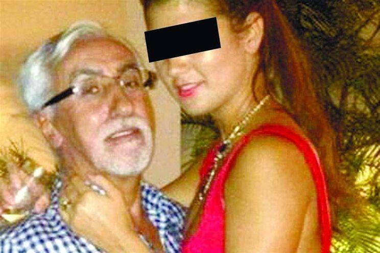 Carlos Pinto com a mulher