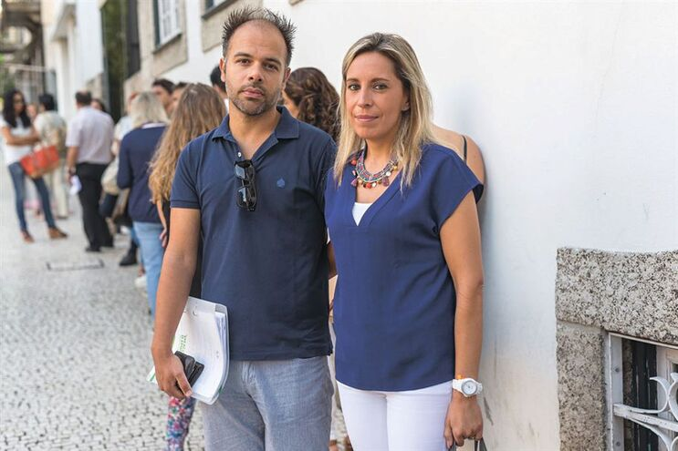 João Ferreira e Cidália Silva são professores há 14 e 16 anos, respetivamente, mas são precários