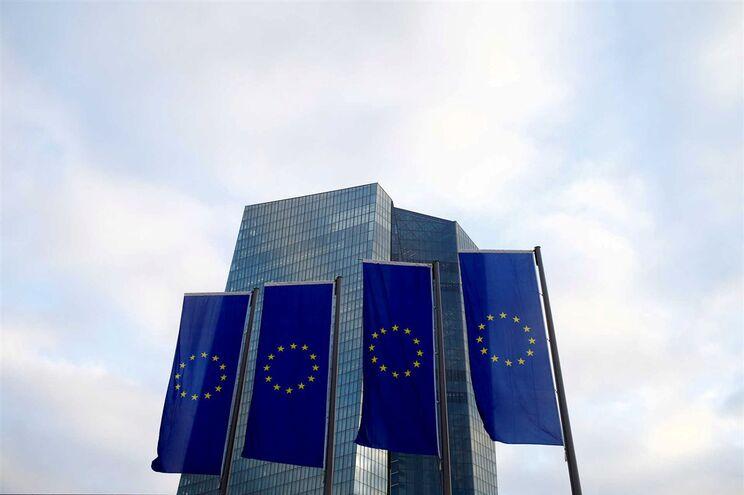 Comissão Europeia e BCE podem ser julgados pelos efeitos do resgate a Portugal