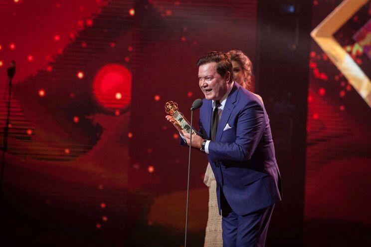 Marco Paulo recebeu o Globo de Mérito e Excelência na gala dos Globos de Ouro