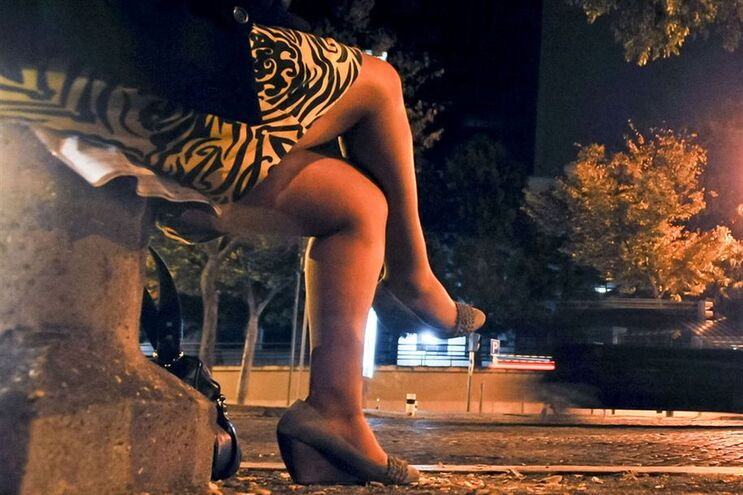 Negócio da prostituição não é crime, diz presidente do Constitucional