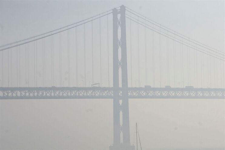 Aviões com destino a Lisboa divergem para o Porto