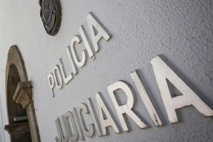 Polícia Judiciária investiga alegada queda de pescador em arriba