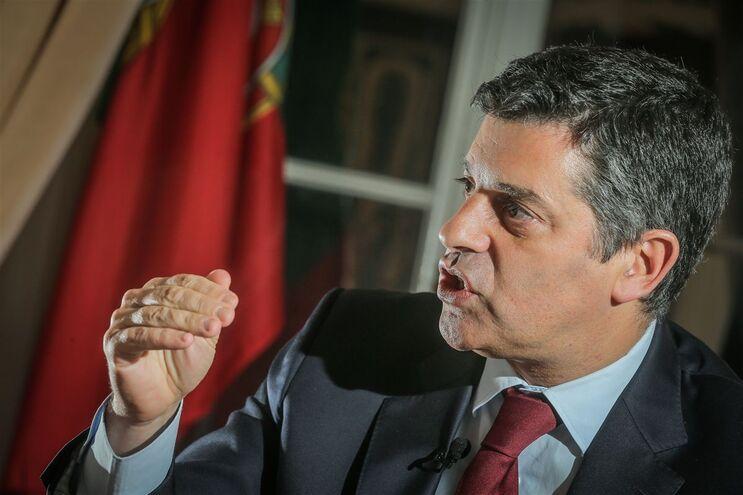 Manuel Caldeira Cabral, ministro da Economia