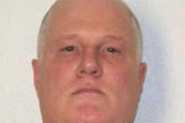Don Davis viu a execução suspensa pela segunda vez