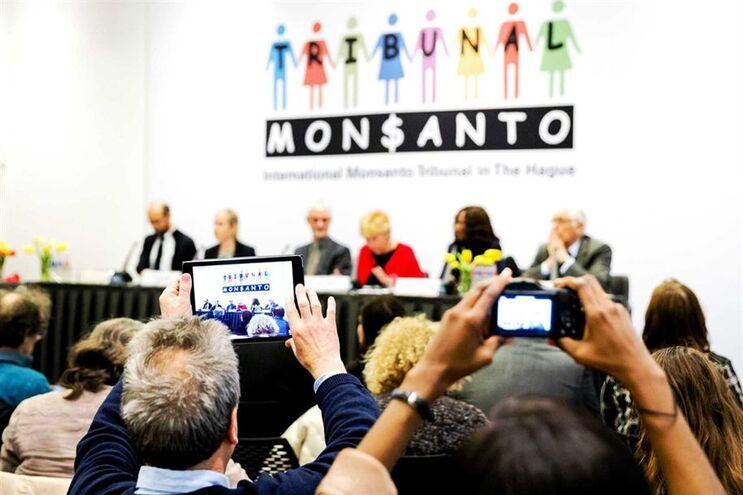 Juízes de tribunal informal divulgaram parecer consultivo contra a Monsanto