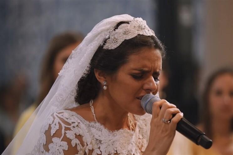 """Cuca Roseta cantou """"Ave Maria"""" no seu casamento"""