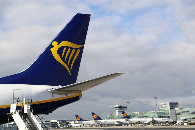 Ryanair é uma companhia aérea de baixo custo irlandesa
