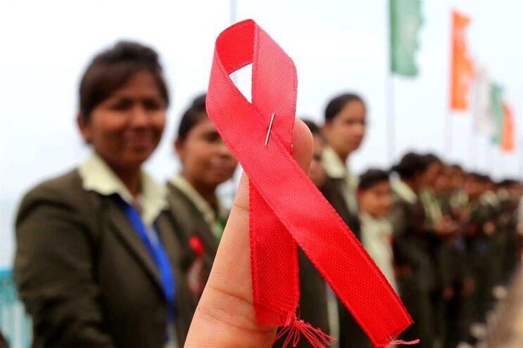 Laço vermelho, símbolo da luta contra a Sida