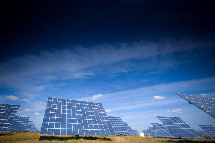 Costa garante continuidade da aposta nas energias renováveis